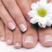 8-soins-nature-pour-vos-pieds-et-mains